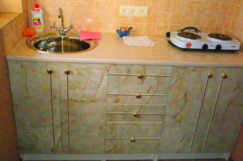 1)Однокомнатная кв-ра в собственном доме с кухней и отоплением на 2 человека, улица Колодяжного, 14, Динамо, Феодосия - Фотография 8