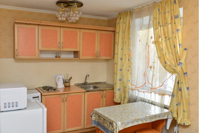 1-комн. квартира, 33 кв.м. на 2 человека, улица Пухова, 23А, Калуга - Фотография 2