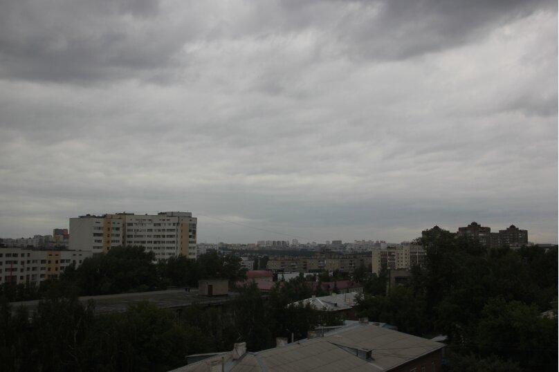 3-комн. квартира, 115 кв.м. на 7 человек, Обская улица, 5, Уфа - Фотография 2