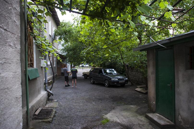 1-комн. квартира, 26 кв.м. на 3 человека, улица Бирюкова, 10/17, Ялта - Фотография 2