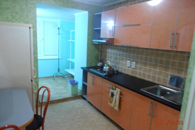 2-комн. квартира, 48 кв.м. на 5 человек, улица Ленина, 45, Алушта - Фотография 2