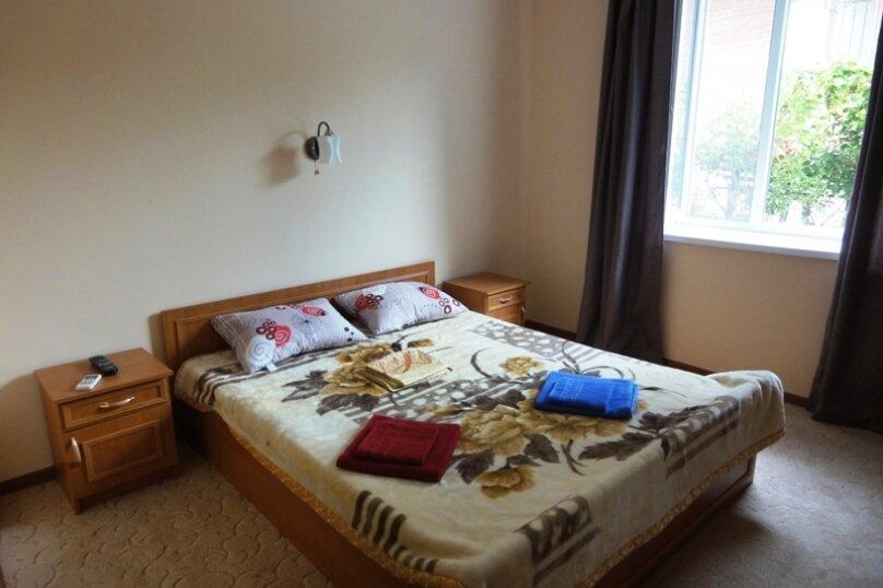 2х-местный номер с односпальной кроватью, Московская улица, 57, Феодосия - Фотография 1