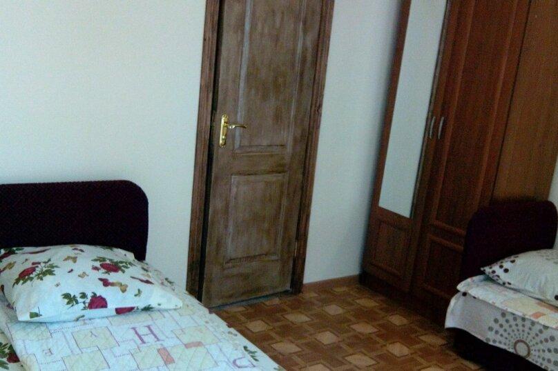 """Гостевой дом """"На Гагарина 45"""", улица Гагарина, 45 на 6 комнат - Фотография 15"""