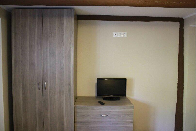 Двухкомнатный гостевой домик в деревне у моря, 30 кв.м. на 4 человека, 2 спальни, Хутор Шиловка, Морской переулок, 1, Ейск - Фотография 9