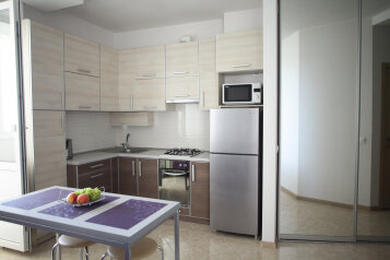 1-комн. квартира, 37 кв.м. на 3 человека, Павла Корчагина, Севастополь - Фотография 1