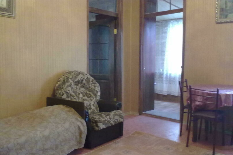 2-комн. квартира на 5 человек, улица Поповича, 14, Евпатория - Фотография 1