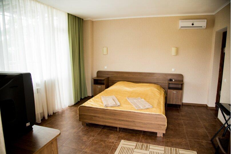 Двухместный номер, улица Авиаторов, 57А, Севастополь - Фотография 1