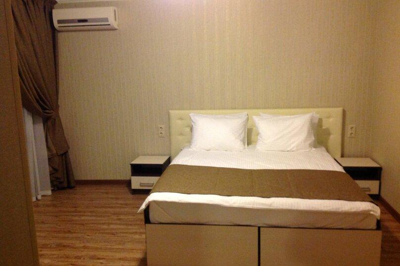 Двухместный номер Делюкс с 1 кроватью и видом на море, Новороссийское шоссе, 3, Джубга - Фотография 1