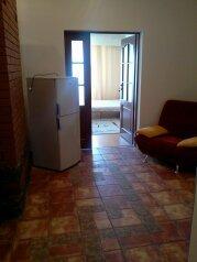 Апартаменты в Форосе, улица Терлецкого, 5 на 3 номера - Фотография 2