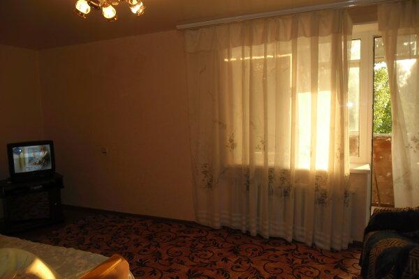 1-комн. квартира, 35 кв.м. на 2 человека, улица Костюкова, 1, район Харьковской горы, Белгород - Фотография 1