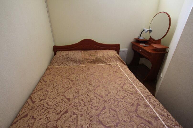 1 комнатный 2х местный, улица Победы, 3Б, Партенит - Фотография 2
