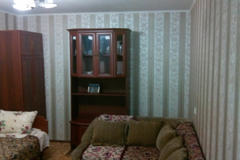 2-комн. квартира, 40 кв.м. на 4 человека, улица Яна Булевского, 8, Ялта - Фотография 1