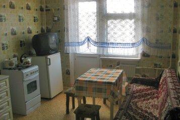 1-комн. квартира, 46 кв.м. на 3 человека, улица Маршала Жукова, 10к3, Железногорск Курская область - Фотография 3