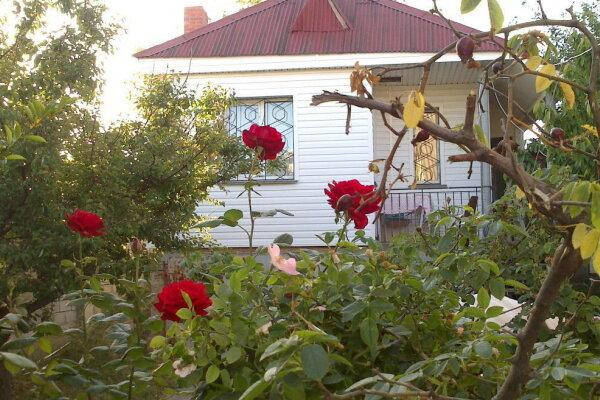Коттедж, 36 кв.м. на 3 человека, Виноградная, роща, посёлок Орловка, Севастополь - Фотография 1