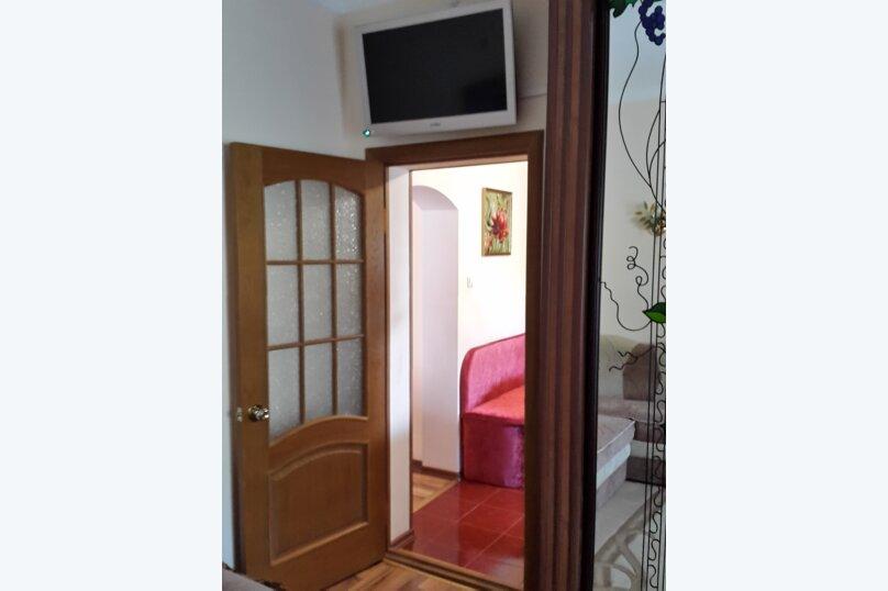 2-комн. квартира, 50 кв.м. на 4 человека, улица Дёмышева, 16, Евпатория - Фотография 11