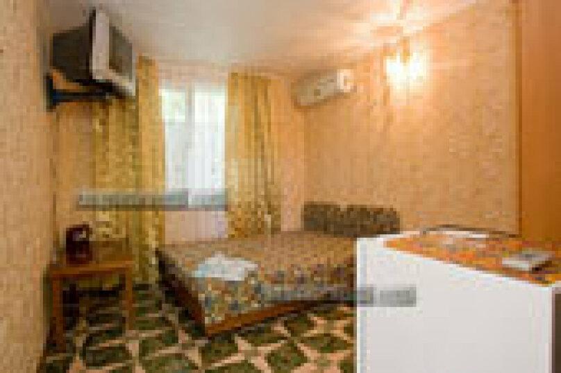 Простой номер, улица Шершнёва, 5, Коктебель - Фотография 2