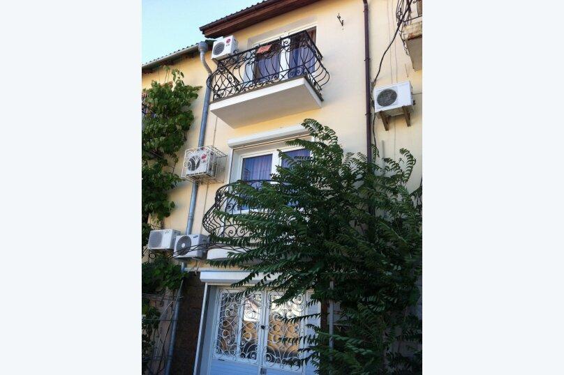 """Гостевой дом """"Верона"""", Солнечная переулок, 16 - 6 на 3 комнаты - Фотография 1"""