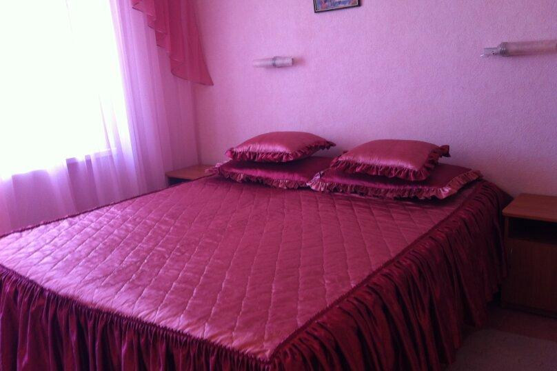 Розовый номер, 2 этаж., Солнечная переулок, 16 - 6, Судак - Фотография 1