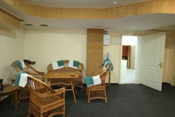 Отель, улица Ленина, 88 на 54 номера - Фотография 1