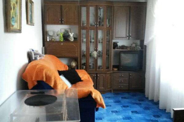 Дом по комнатам на Фиоленте, Фиолентовское шоссе, 100 на 2 номера - Фотография 1