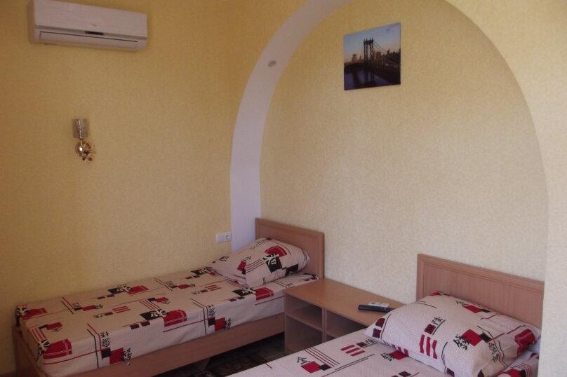 Однокомнатный на 1-2* спальных места, улица Листовничей, 46, Динамо, Феодосия - Фотография 4