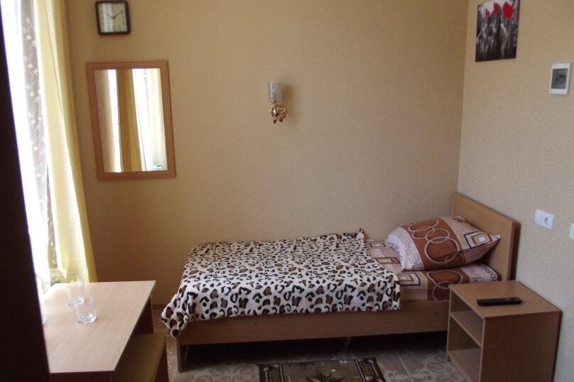Однокомнатный на 1-2* спальных места, улица Листовничей, 46, Динамо, Феодосия - Фотография 1