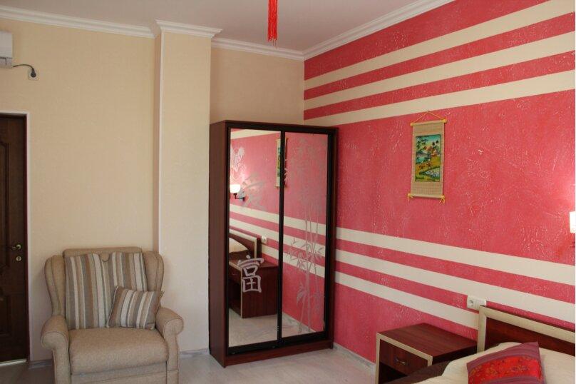 "Дизайн-вилла ""Массандра"", улица Мира, 21Г на 8 комнат - Фотография 35"