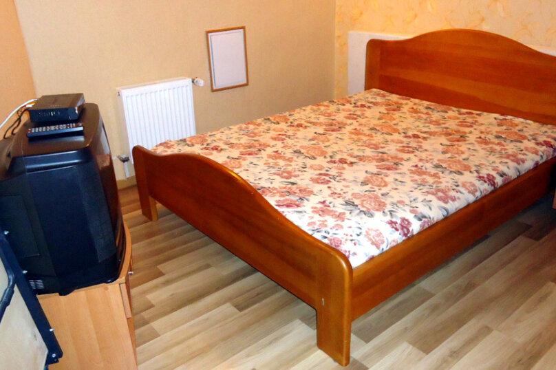 2-комнатный (первый этаж), Отрадная улица, 25, Отрадное, Ялта - Фотография 2