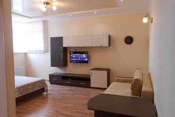 1-комн. квартира, 44 кв.м. на 4 человека, улица Степаняна, 2А, Севастополь - Фотография 1