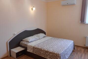 1-комн. квартира, 44 кв.м. на 4 человека, улица Степаняна, 2А, Севастополь - Фотография 2
