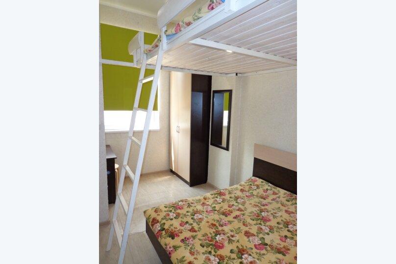 1-комн. квартира, 32 кв.м. на 6 человек, Заречная улица, 27Д, Ольгинка - Фотография 1