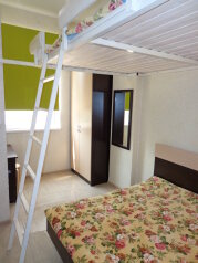 1-комн. квартира, 32 кв.м. на 6 человек, Заречная улица, Ольгинка - Фотография 1