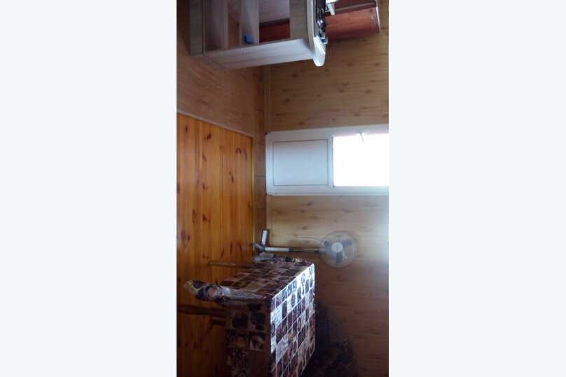 Номер с балконом и кухней, 35 кв.м. на 4 человека, 1 спальня, Десантникв, 22, Коктебель - Фотография 11