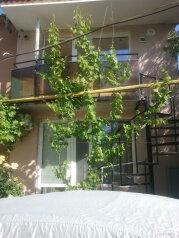 Домик под ключ., 25 кв.м. на 4 человека, 1 спальня, Славянский переулок, Динамо, Феодосия - Фотография 2