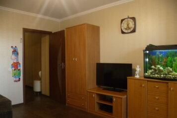1-комн. квартира, 35 кв.м. на 3 человека, улица Володарского, 15А, Феодосия - Фотография 2