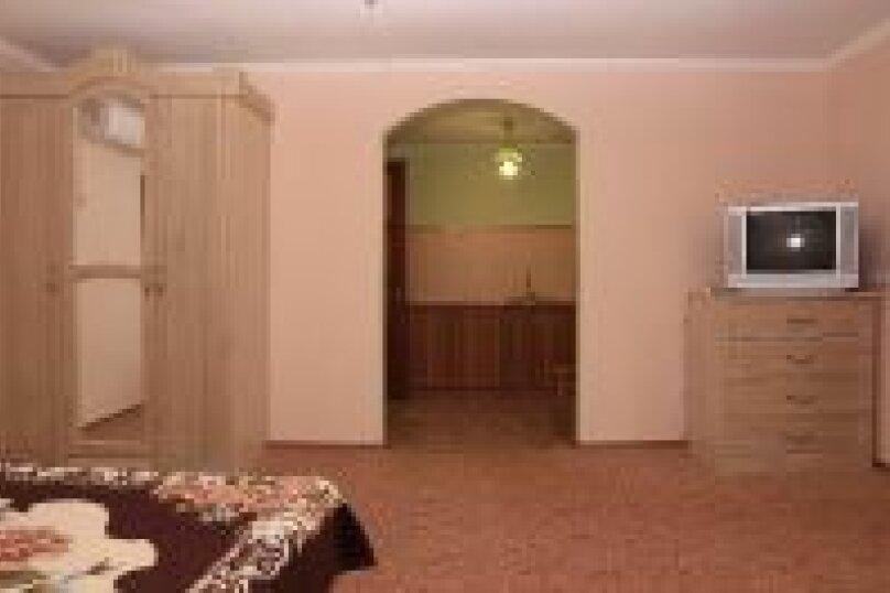 Отдельная комната, улица Голицына, 7, Новый Свет, Судак - Фотография 1