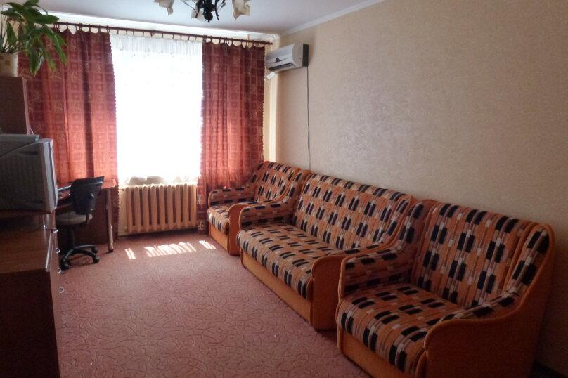 1-комн. квартира, 32 кв.м. на 4 человека, улица Мира, 82, Тольятти - Фотография 1