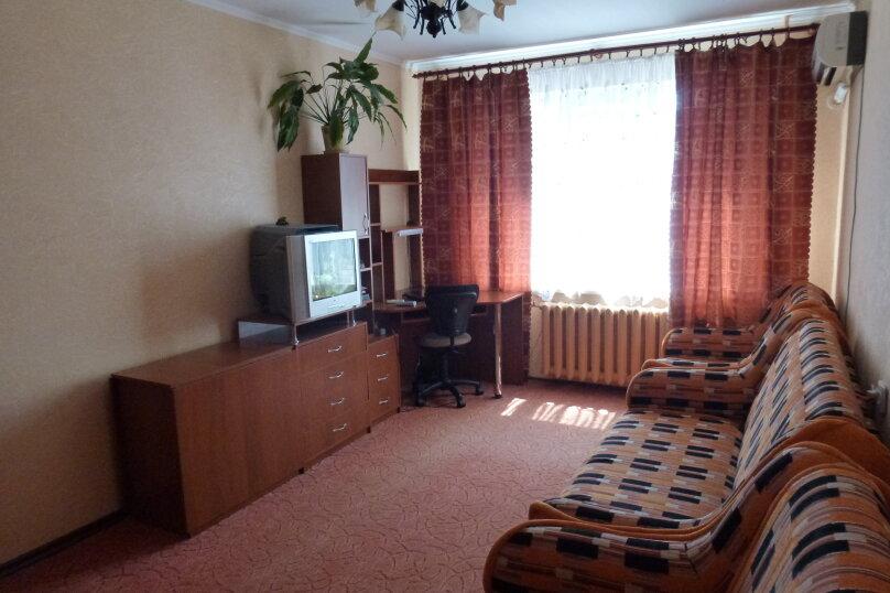 1-комн. квартира, 32 кв.м. на 4 человека, улица Мира, 82, Тольятти - Фотография 4