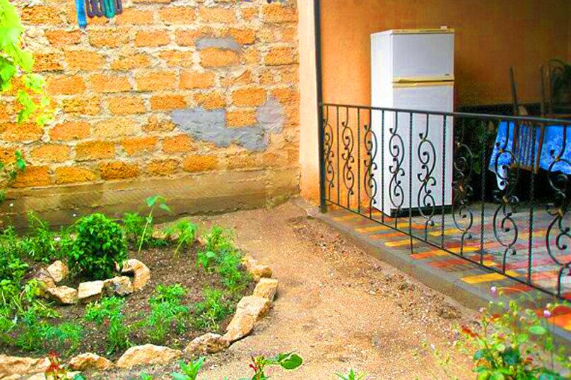 2) Однокомнатная кв-ра в собственном доме с кухней и отоплением на 2 человека, улица Колодяжного, 14, Динамо, Феодосия - Фотография 15