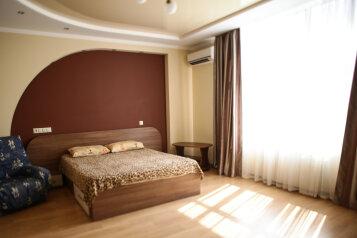 1-комн. квартира, 53 кв.м. на 4 человека, улица Руднева, Севастополь - Фотография 1