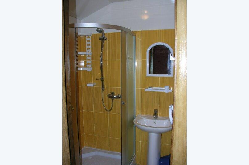 Сдам свое жилье в Лазурном, 80 кв.м. на 18 человек, 6 спален, Головкинского, 2, Лазурное, Алушта - Фотография 8