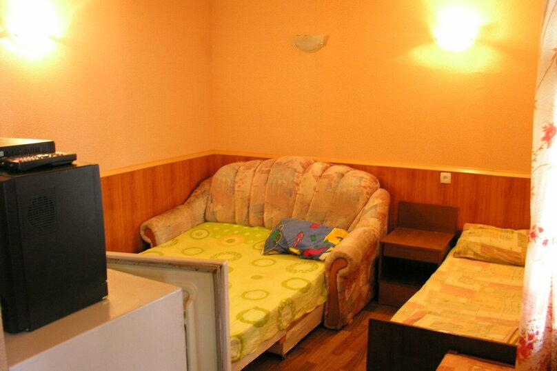 Сдам свое жилье в Лазурном, 80 кв.м. на 18 человек, 6 спален, Головкинского, 2, Лазурное, Алушта - Фотография 11