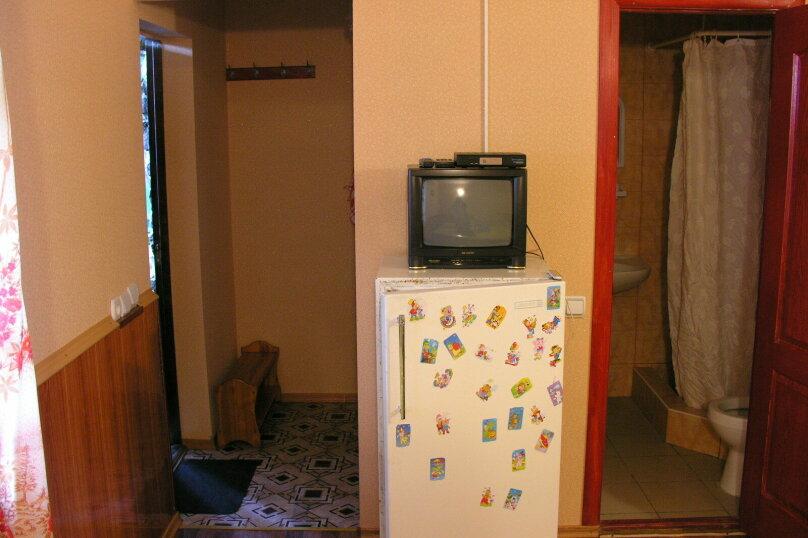 Сдам свое жилье в Лазурном, 80 кв.м. на 18 человек, 6 спален, Головкинского, 2, Лазурное, Алушта - Фотография 12