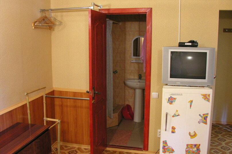 Сдам свое жилье в Лазурном, 80 кв.м. на 18 человек, 6 спален, Головкинского, 2, Лазурное, Алушта - Фотография 15