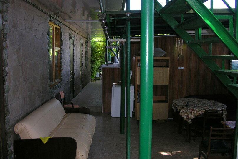 Сдам свое жилье в Лазурном, 80 кв.м. на 18 человек, 6 спален, Головкинского, 2, Лазурное, Алушта - Фотография 23