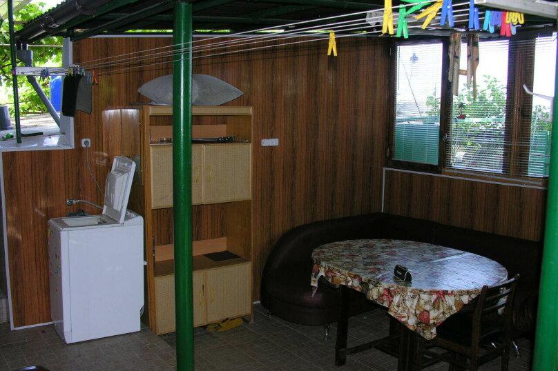 Сдам свое жилье в Лазурном, 80 кв.м. на 18 человек, 6 спален, Головкинского, 2, Лазурное, Алушта - Фотография 27