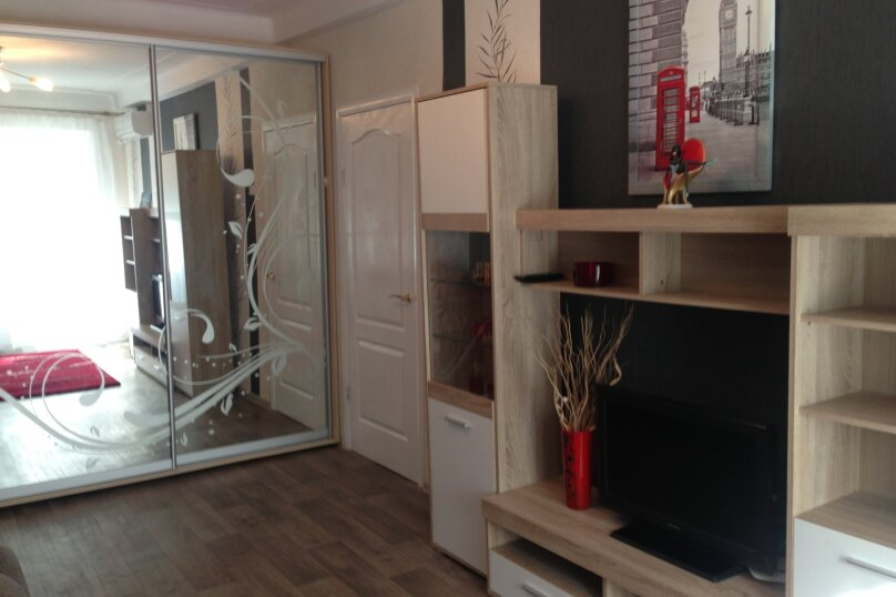 1-комн. квартира, 35 кв.м. на 2 человека, улица Репина, 10, Севастополь - Фотография 2