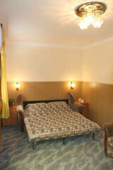 Мини-отель, Севастопольское шоссе, 8 на 4 номера - Фотография 3