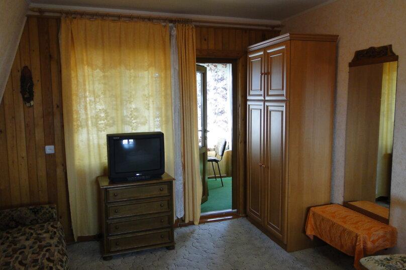 Двухкомнатная квартира, 50 кв.м. на 6 человек, 2 спальни, улица Амет-Хана Султана, 10, Алупка - Фотография 3