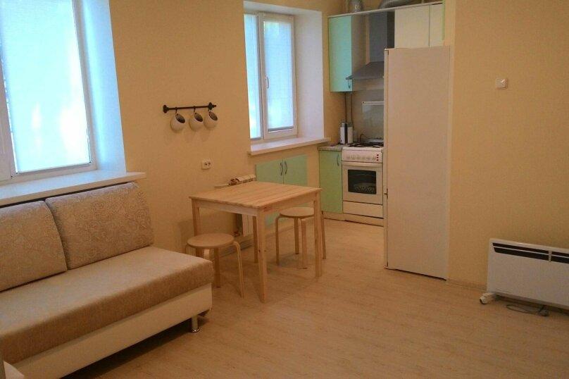 2-комн. квартира, 44 кв.м. на 5 человек, улица Тимофея Кривова, 9, Чебоксары - Фотография 8
